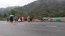 Xế hộp mất lái đâm 5 công nhân tử vong ở Hà Giang