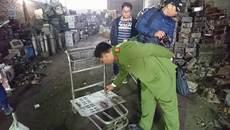 Nổ ở Bắc Ninh: Phát hoảng khi còn kho phế liệu 'lạ' trong làng