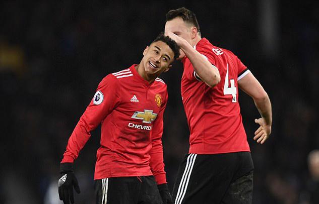 Mourinho phát choáng với sự tiến bộ thần kỳ của Lingard