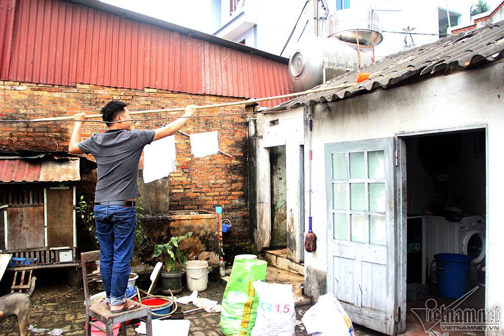 Nổ lớn ở Bắc Ninh: Đạn nhiều như thóc, gom cả ngày không hết