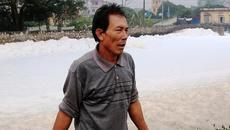 Dòng kênh bọt trắng tanh nồng khủng khiếp ở Hà Nam