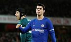 Video 3 pha bỏ lỡ khó tin của Morata trước Arsenal
