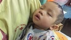 Mắc u nguyên bào thần kinh, tính mạng bé trai 2 tuổi bị đe dọa