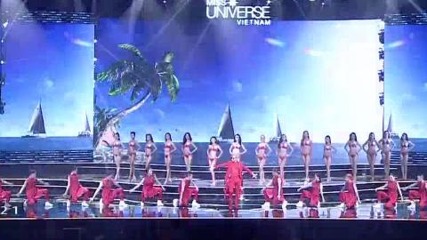 Phần trình diễn áo tắm Top 15 Hoa hậu hoàn vũ Việt Nam 2017