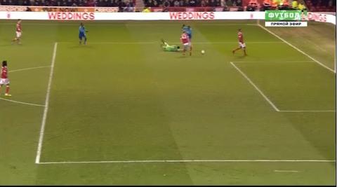 Nottingham 3-2 Arsenal: Welbeck lập công