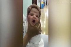 3 y tá bị đuổi việc sau khi đăng clip 'bóp mặt' trẻ sơ sinh
