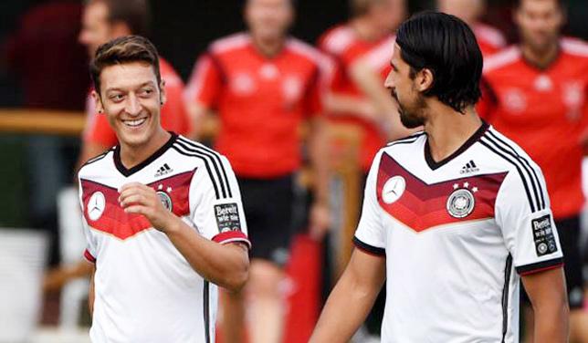 MU bị nẫng tay trên Ozil, Ronaldo đột ngột về Chelsea