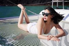 Những cảnh táo bạo của Hoa hậu Việt khiến người xem đỏ mặt