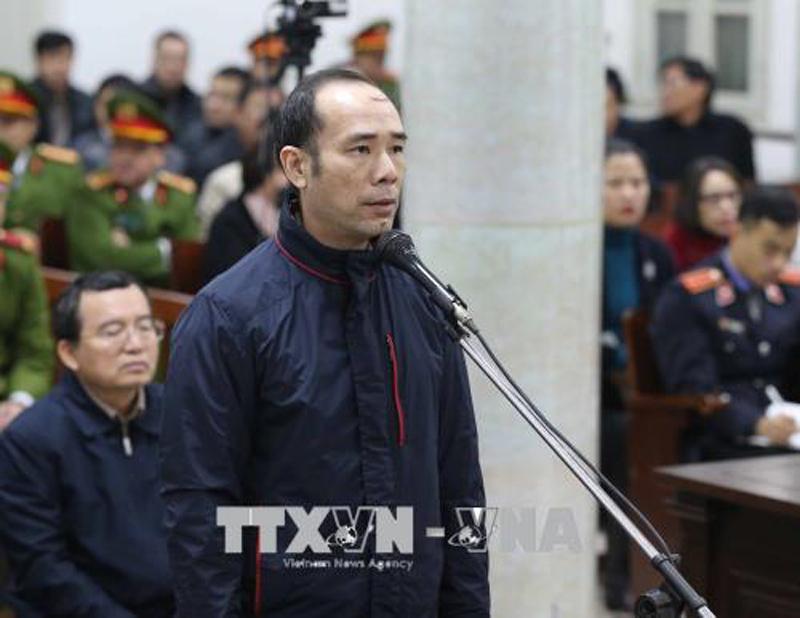 Hình ảnh ngày xét xử thứ hai ông Đinh La Thăng và đồng phạm