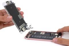 Apple có thực sự đang thay thế pin mới cho iPhone cũ?