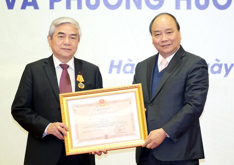 Thủ tướng Nguyễn Xuân Phúc,Nguyễn Xuân Phúc,Bộ Khoa học và công nghệ