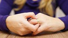 Muốn níu kéo chồng cũ sau khi đã chủ động đòi ly hôn