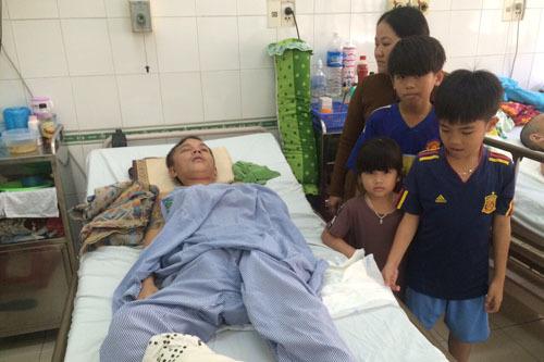 tai nạn,tai nạn lao động,chấn thương sọ não,hoàn cảnh khó khăn,từ thiện,từ thiện vietnamnet