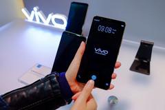 Cận cảnh smartphone tích hợp quét vân tay vào màn hình đầu tiên
