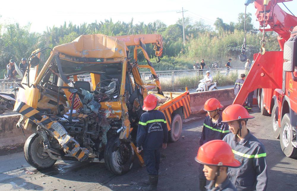 tai nạn,tai nạn giao thông,tai nạn cầu Phú Mỹ,Sài Gòn