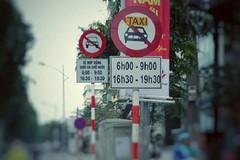 Hà Nội: Cấm Uber, Grab theo giờ ở 13 tuyến phố