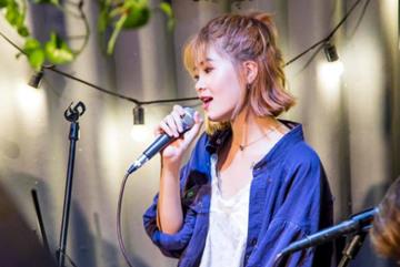 Cô gái khóc nức nở nhớ về người yêu cũ khi cover 'Thương' của ca sĩ Quốc Thiên