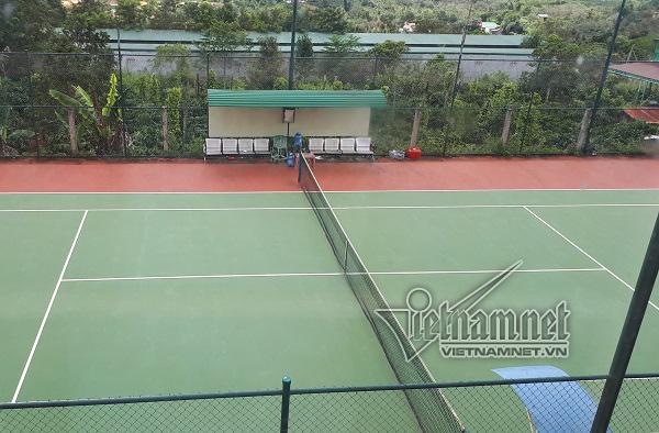 huy động tiền trái quy định,xây sân tennis trong trụ sở UBND,xã Nhân Cơ,huyện Đắk R'lấp,Đắk Nông,bí thư,chủ tịch xã