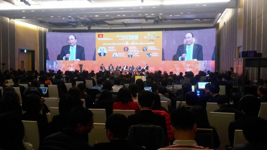 kinh tế việt nam,thủ tướng nguyễn xuân phúc,năng suất lao động,Diễn đàn kinh tế Việt Nam