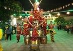 Đoàn lân sư nghĩa tình của những đứa trẻ đường phố ở Sài Gòn