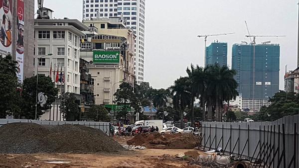 Hà Nội,đường Nguyển Chí Thanh,dải phân cách