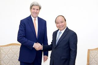 Thủ tướng tiếp cựu Ngoại trưởng Hoa Kỳ John Kerry