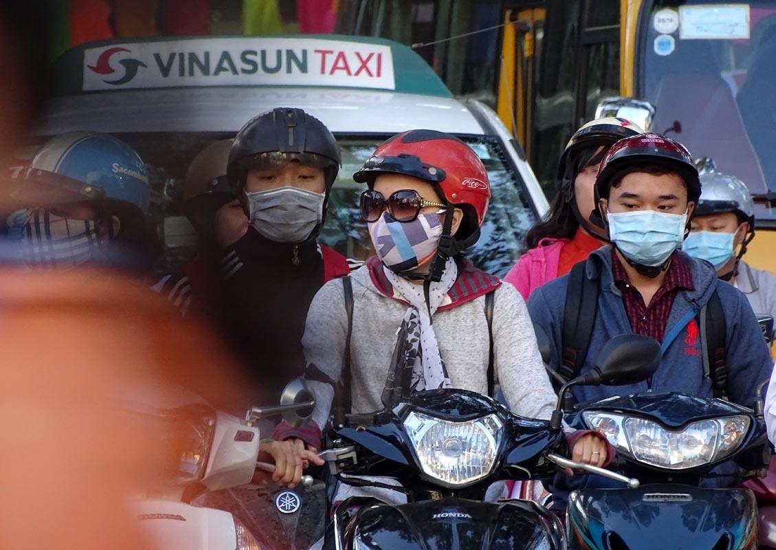 '. Dự báo thời tiết hôm nay 12/1: Hà Nội hửng nắng, Sài Gòn phải mặc áo khoác .'