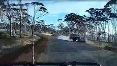 Lấn làn, vượt xe trái luật và... tai nạn