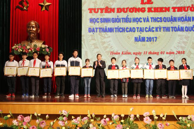 khen thưởng học sinh giỏi