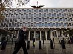Lý do bất ngờ khiến ông Trump hủy chuyến thăm London
