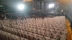 Festival 20 năm Làn sóng xanh: Vắng nghệ sĩ, khán giả đến kinh ngạc