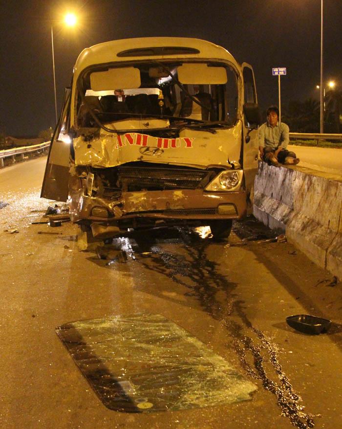 tai nạn,tai nạn xe khách,Sài Gòn,tai nạn giao thông