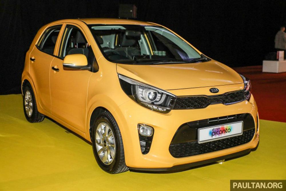 Kia hatchback dưới 400 triệu, Toyota Yaris giá hơn 300 triệu