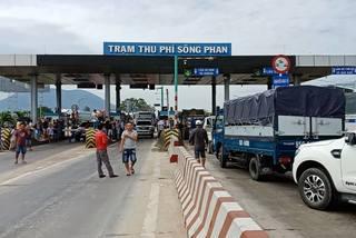 Chỉ giảm phí bán kính 5km, người dân lại phản đối BOT Sông Phan