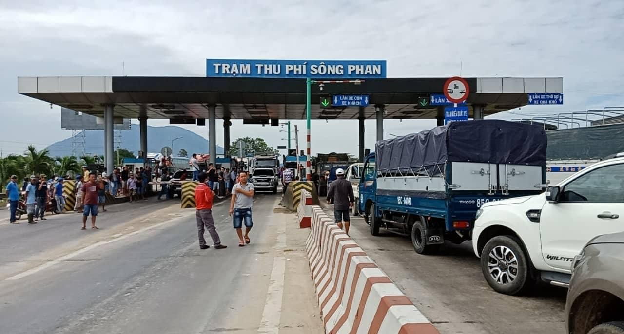 BOT,BOT Sông Phan,trạm thu phí BOT Sông Phan,trạm thu phí,phản đối BOT