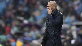 Real thua: Zidane kêu trời, ghế sắp thuộc về Low
