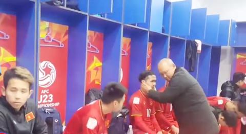 Video cầu thủ U23 Việt Nam ăn mừng