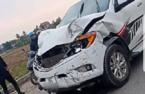 Đâm 2 nữ sinh tử vong, ô tô bỏ chạy gây tai nạn liên tiếp