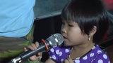 Tan chảy với giọng ca bolero của bé ba tuổi