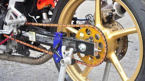 Độ xe Honda Winner 150 thành xe đua cực độc