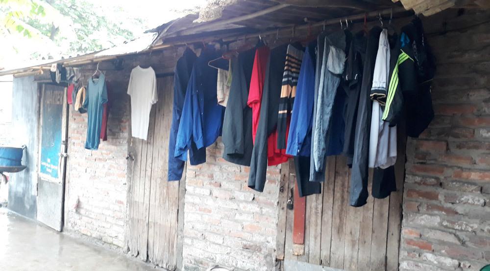 Chợ Long Biên,Lao động nghèo,Hôn nhân