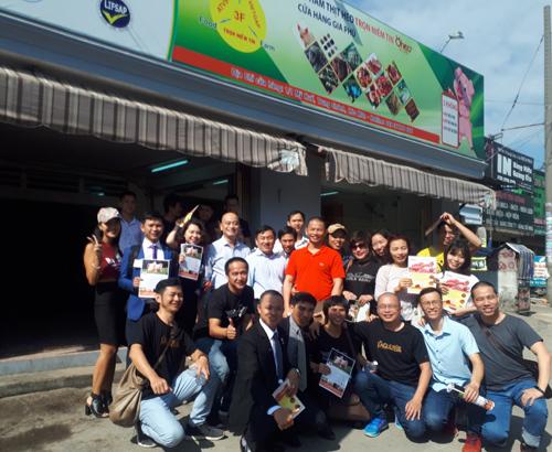 Phạm Thành Long và bài học kinh doanh từ thực tế
