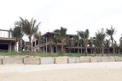 Hàng loạt biệt thự 'bịt kín' ven biển Đà Nẵng bị tuýt còi