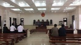Bị cáo dọa giết Chủ tịch Đà Nẵng xin hoãn tòa đi chữa bệnh