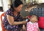 Xót xa quả phụ nửa chừng xuân nuôi hai con khuyết tật