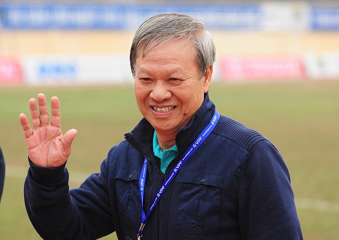 Ông Hải 'lơ': MU còn dựng xe bus, sao chê U23 Việt Nam?