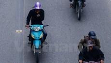 Đề xuất cấm sử dụng điện thoại di động khi đang lái xe ô tô