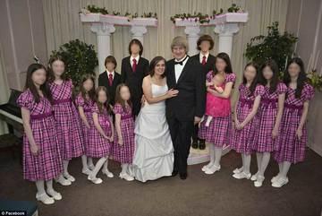 Lộ tình tiết đáng sợ vụ 13 con bị cha mẹ ngược đãi