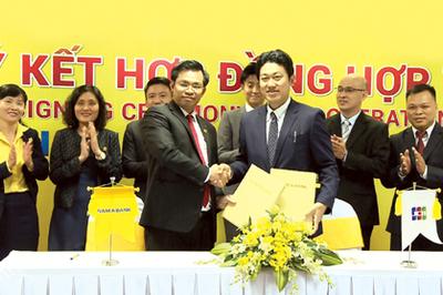 Nam Á Bank 'bắt tay' JCB phát hành thẻ quốc tế