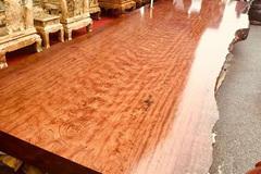 Sập gỗ nu cẩm lai giá 3 tỷ đồng ở Hà Nội